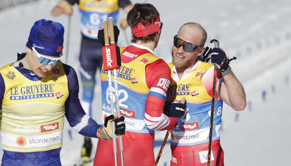 RIVAL-ROS: Martin Johnsrud Sundby argeste rivaler unner nordmannen VM-gullet. Foto: Bjørn Langem / Dagbladet