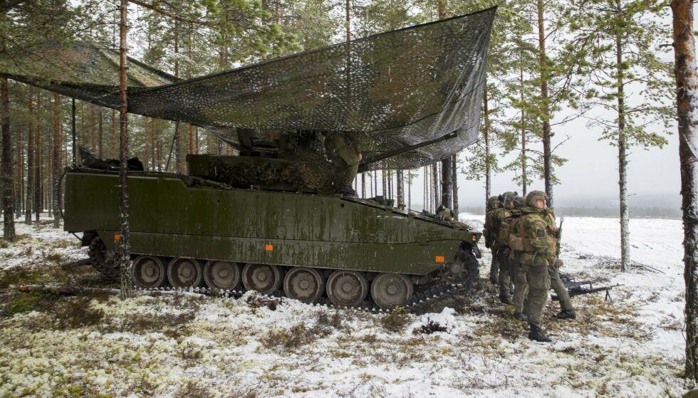 I FELT: Soldater under en øvelse på Østlandet. Foto: Scanpix