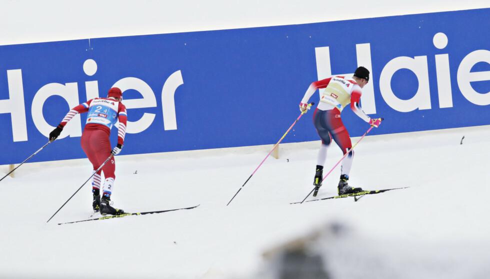 PLUTSELIG: Ut av ingen ting kollapset Sergej Usjugov på et lite Klæbo-rykk. Så vant Norge VM stafetten på nytt. FOTO: Bjørn Langsem/Dagbladet.