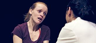 «Meg nær» er tekst og teater i verdensklasse