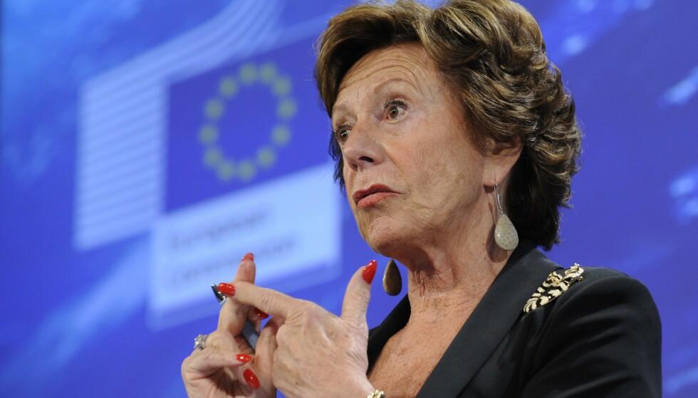 NEELIE KROES: Tidligere EU-kommisær Neelie Kroes under en tale. Foto: JOHN THYS / AFP NTB Scanpix