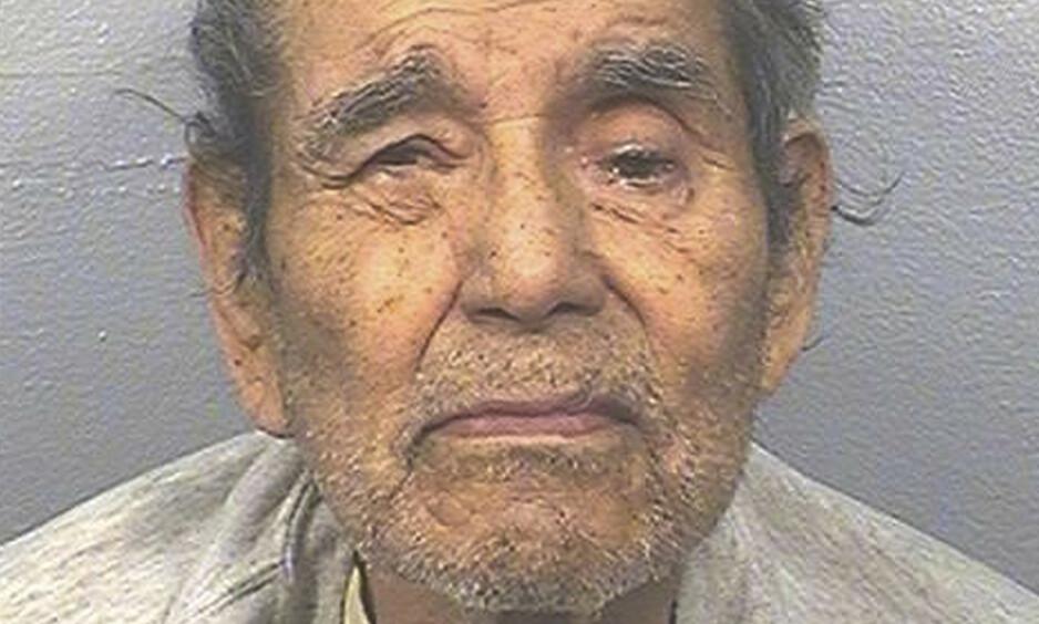DØD: Den beryktede machete-morderen Juan Vallejo Corona døde mandag, mer enn fire tiår etter at han hakket ihjel 25 gårdsarbeidere og begravet de i frukthager i California. Foto: AP / NTB Scanpix