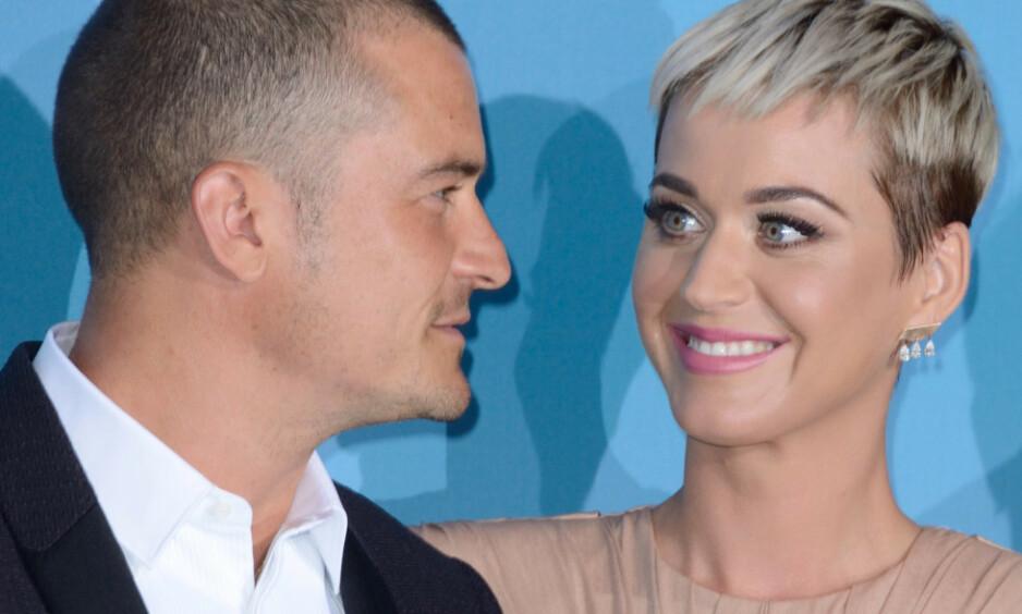 ÅPNER OPP OM FØRSTE MØTE: Sangstjernen Katy Perry og Orlando Bloom forlovet seg nylig, nå åpner hun opp om deres første møte under Golden Globe-utdelingen. Foto: NTB scanpix