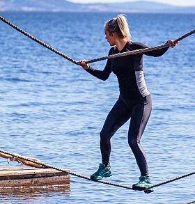 IMPONERTE: Carina Dahl kom best ut av hinderløypa onsdag kveld, og er dermed en av tre i semifinalen. Foto: Alex Iversen / TV 2