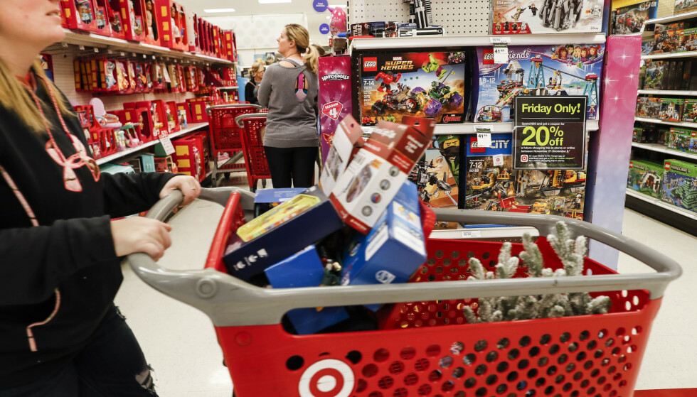 Overforbruk: Vi må forbruke mindre, skriver spaltist Anna Kvam. Foto: AP Photo / NTB scanpix