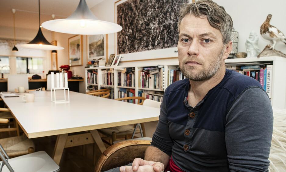 SAMLET INN PENGER: Terje Opheim er en av de som har tatt seg av Jemtland-parets sønner, nå er det samlet inn én million kroner til dem. Foto: Hans Arne Vedlog / DAGBLADET