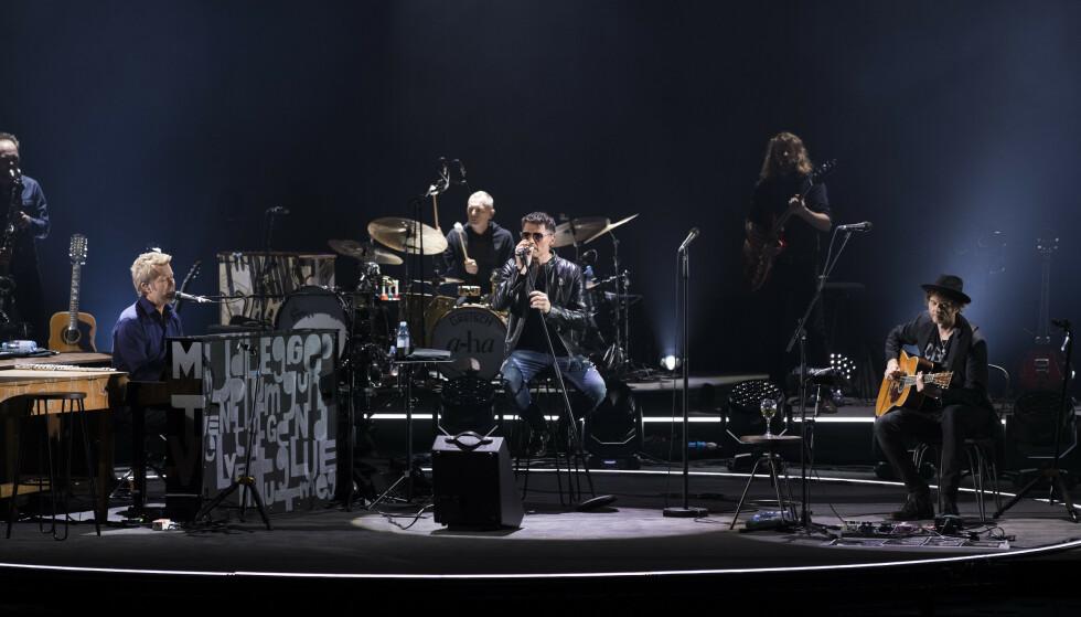 VERDENSTURNÉ: A-ha legger ut på del to av sin verdensturné i 2020. Her fra en konsert i Oslo Spektrum i fjor. F.v. Magne Furuholmen, Morten Harket og Pål Waaktaar Savoy. Foto: Berit Roald / NTB scanpix