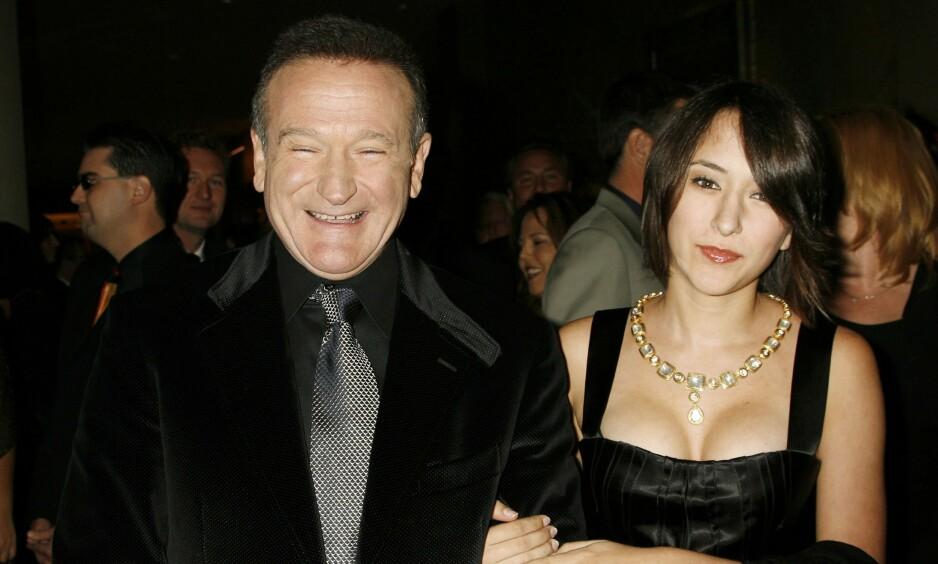 BLE HETSET: Zelda Williams er den eneste dattera til avdøde Robin Williams. Han begikk selvmord i 2014, og i tida etter fikk kjendisdattera upassende meldinger og bilder i sosiale medier. Det snakker hun nå åpent om, samtidig som hun har tydelige meninger om medienes dekning av selvmord. Foto: Reuters / NTB scanpix
