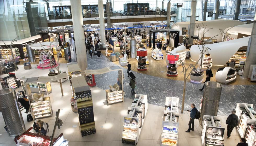 MANGE MULIGHETER: Butikkene i den nye avgangshallen på Oslo lufthavn Gardermoen åpnet for snart to år siden. Foto: Gorm Kallestad, NTB Scanpix.