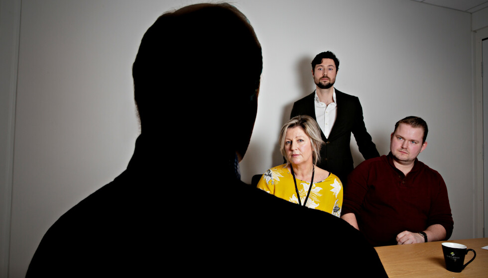 VARSLET FAGFORENINGEN: I bakgrunnen forbundsleder i Negotia Monica A. Paulsen, advokat Kristoffer Lien Heitmann og tidligere tillitsvalgt Herman Gjeitanger.Foto: Jørn Moen