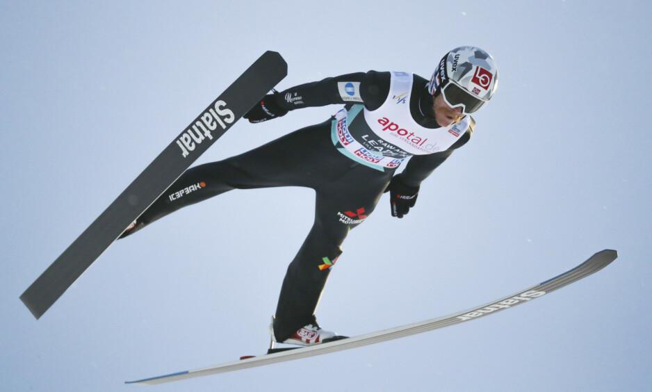 NY GOD PRESTASJON: Robert Johansson under herrenes verdenscuprenn i Lysgårdsbakken på Lillehammer. Foto: NTB scanpix
