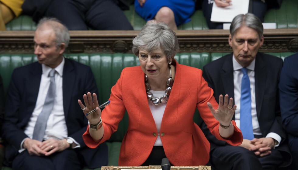 NYTT NEI: Et overveldende flertall i Underhuset har stemt mot brexitavtalen. Nå må de folkevalgte ta stilling til om Storbritannia skal gå ut uten avtale i stedet. Foto: AP / NTB Scanpix