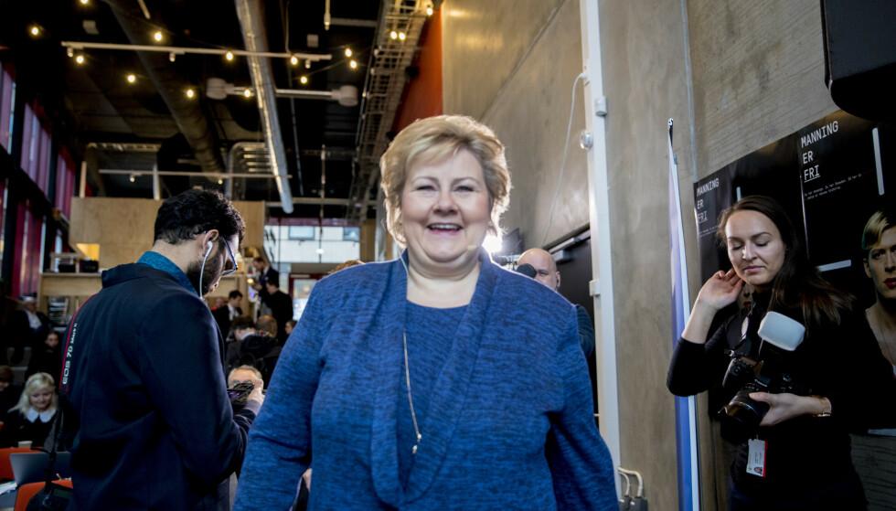 KRITISK: Erna Solberg presiserer at det er full kunstnerisk frihet, men at også teaterstykker har et ansvar for hvordan de kan gjøre det vanskeligere å være politiker i Norge. Foto: Vidar Ruud / NTB scanpix