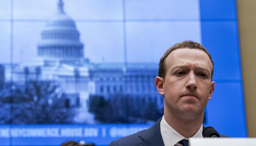 MARK ZUCKERBERG: Leder og hovedeier i Facebook står overfor stadig flere og store problemer. (AP Photo/Andrew Harnik, File)