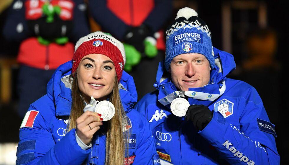 SØLV: Dorothea Wierer og Lukas Hofer tok VM-sølv i går - og de var begge spente på hva den nye distansen singel mixed-stafett egentlig hadde å by på. Foto: Jonathan NACKSTRAND / AFP
