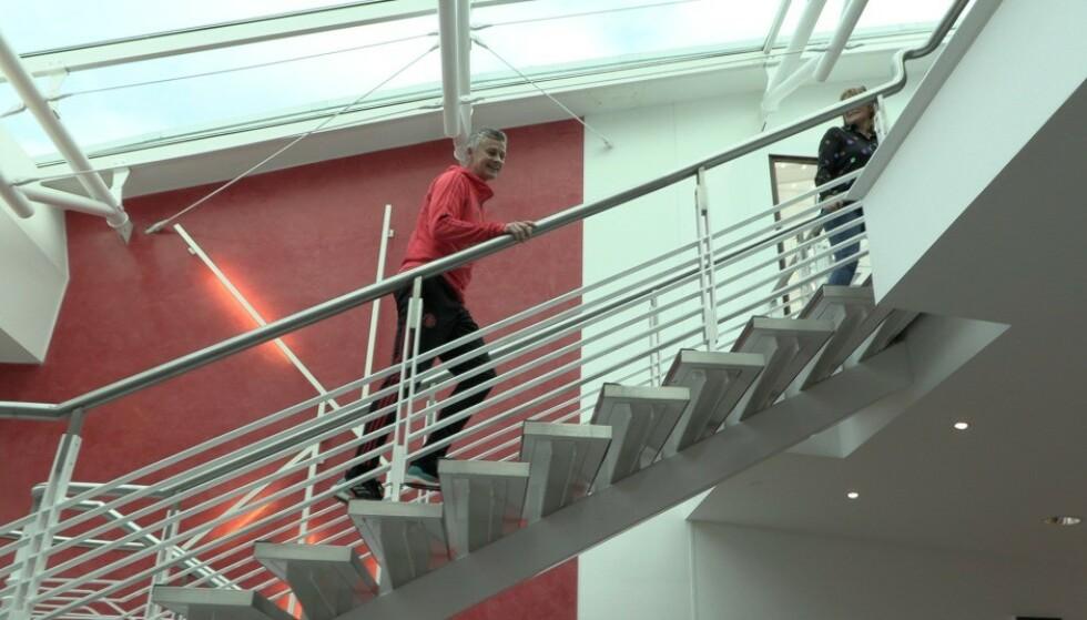 PÅ PLASS: Dagbladet møtte Solskjær på Carrington - Manchester Uniteds treningsanlegg. Foto: Kristoffer Løkås / Dagbladet
