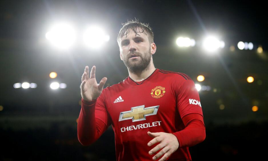 UHELDIG INNGRIPEN: Luke Shaw og Manchester United er ute av FA-cupen. Foto: NTB scanpix