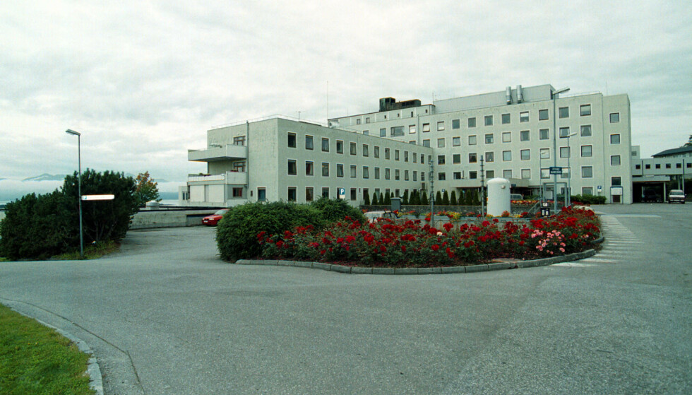 I LIVE: Molde sjukehus erklærte en pasient død. Det viste seg å være feil. Foto: NTB Scanpix
