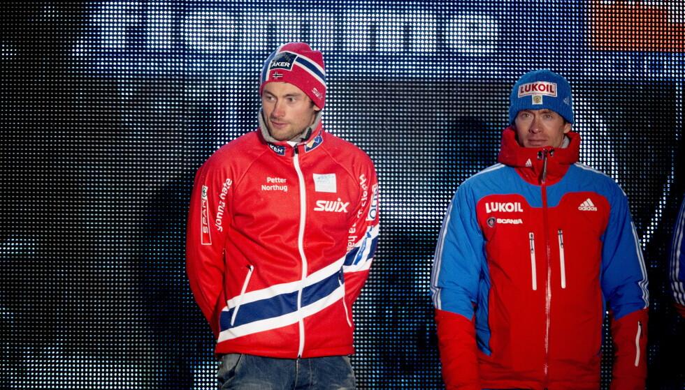 TETT: Petter Northug og Maksim Vylegzjanin var ofte nært hverandre i løypa. I løpet av noen måneder har begge lagt opp. Foto: Bjørn Langsem / Dagladet