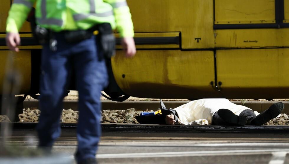 DØDSOFFER: Tre personer er drept etter dagens skyting i Utrecht. Foto: Robin van Lonkhuijsen / ANP / AFP / NTB Scanpix