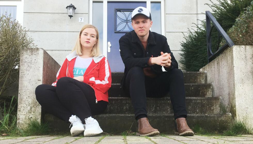 HOLDER SEG HJEMME: De norske studentene Sofie Solbø fra Grovfjord i Troms og Remi André Slotterøy (25) fra Brønnøysund velger å holde seg hjemme i dag. Beredskapsnivået i Nederland er på sitt høyeste etter skyteepisoden i sentrum. Foto: Privat