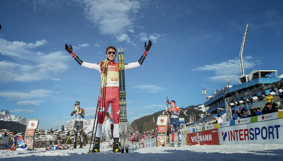 SUVERENT BEST: Jarl Magnus Riiber er verdens beste kombinertløper - etter en oppskrift han lagde som tenåring. Dominansen gjør de tyske stjernene frustrerte og forbannet. Foto: Bjørn Langsem / Dagbladet