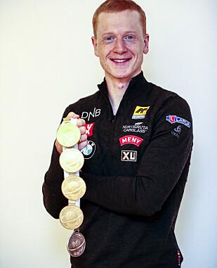 VM-HELT: Johannes Thingnes Bø med fem medaljer (fire gull og ett sølv) fra VM i Östersund. Foto: Lise Åserud / NTB scanpix