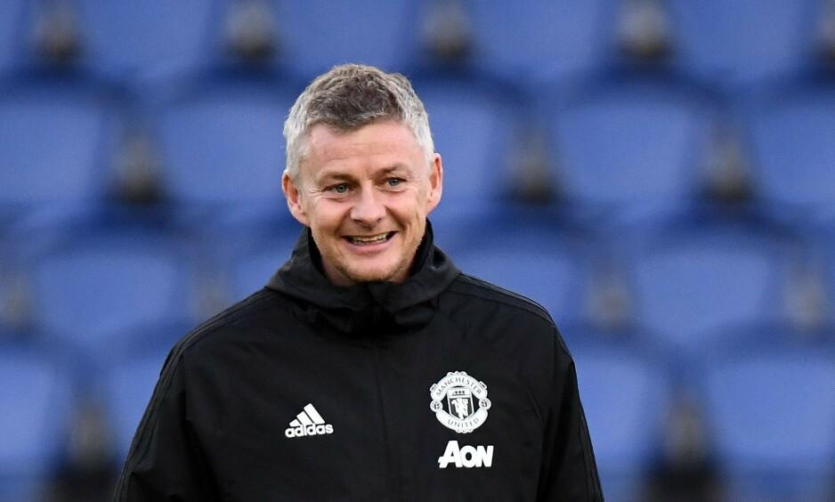 FAVORITT: Ole Gunnar Solskjær har god grunn til å smile drøye tre måneder inn i vikariatet som Manchester United-manager. Foto: AFP.