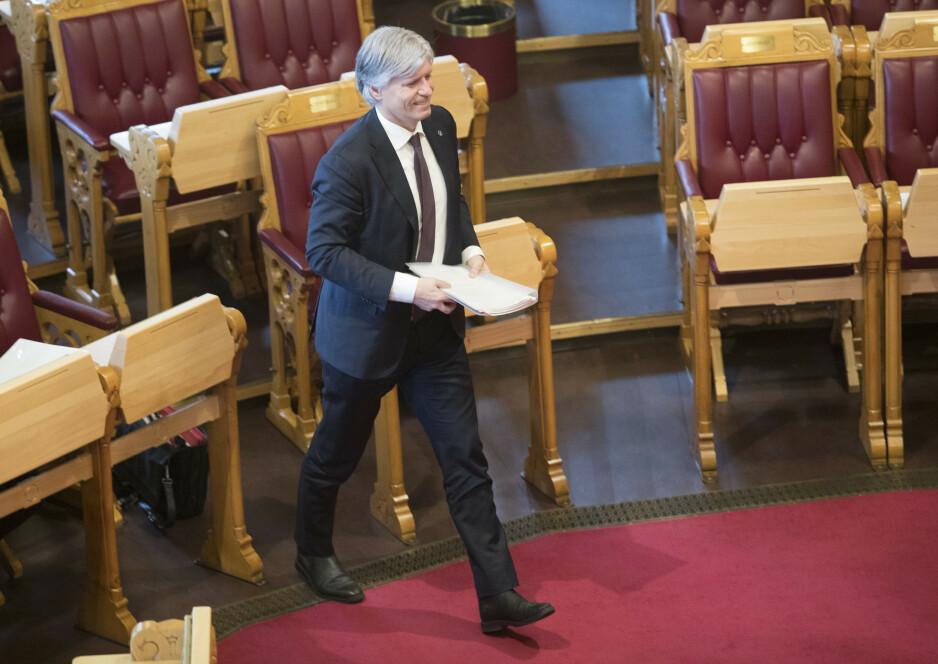 NULL SAKER VARSLET: Hvor er klimaminister Ola Elvestuen (V), spør SV. Foto: Terje Bendiksby / NTB scanpix