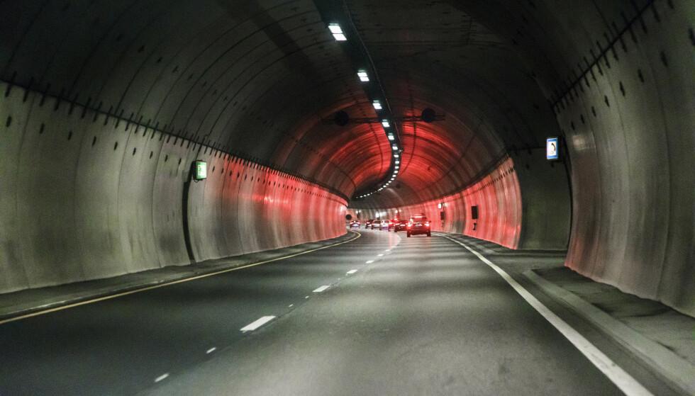 FOTOBOKS: Rælingstunnelen er en veitunnel på riksvei 159 i Rælingen kommune i Akershus. I tunnelen ligger landets travleste fotoboks. Foto: Svein Nordrum / NTB scanpix