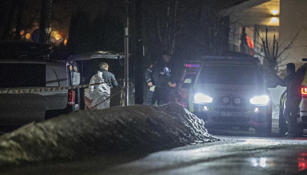 ETTERFORSKNING: Både politiet og Spesialenheten etterforsker nå gårsdagens skyteepisode på Skjetten. Foto: Bjørn Langsem / Dagbladet