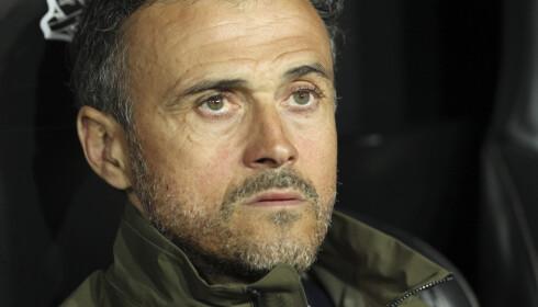 HODEBRY: Spanias landslagssjef Luis Enrique snakker om utfordringen av å møte spillertyper som Bjørn Maars Johnsen. Foto: AP Photo/Alberto Saiz