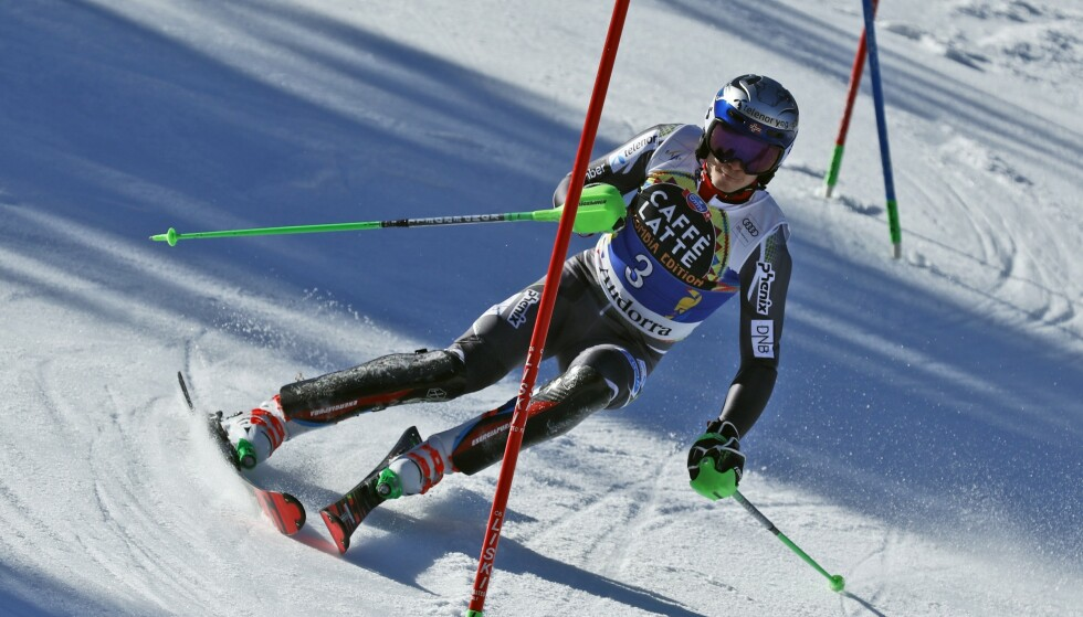 GULL: Henrik Kristoffersen tok NM-gull i slalåm. Her fra verdenscupavslutingen i Andorra forrige helg. Foto: Gabriele Facciotti / AP / NTB scanpix