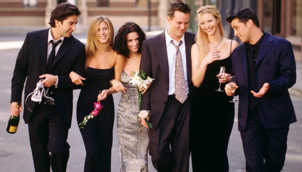 VENNER FOR LIVET: Her er hele gjengen samlet. Fra venstre: David Schwimmer, Jennifer Aniston, Courteney Cox, Matthew Perry, Lisa Kudrow og Matt LeBlanc. Foto: NTB Scanpix