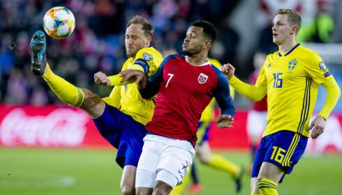 REAGERER: Joshua King reagerer på de svenske spillernes uttalelser. Foto: Stian Lysberg Solum / NTB scanpix