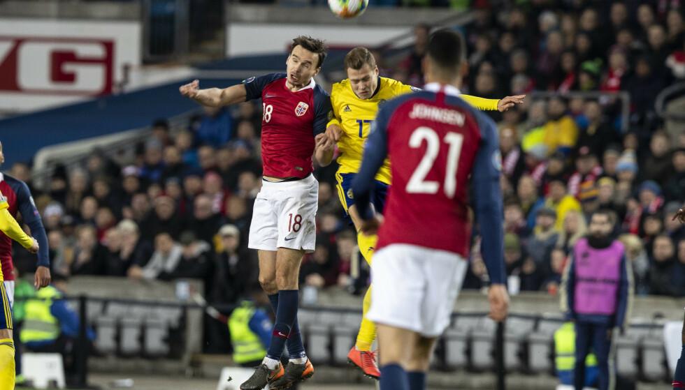 KRANGLER: Ole Senæs, Viktor Claesson og co. var svært uenige etter kampslutt. Foto: Carina Johansen / NTB scanpix