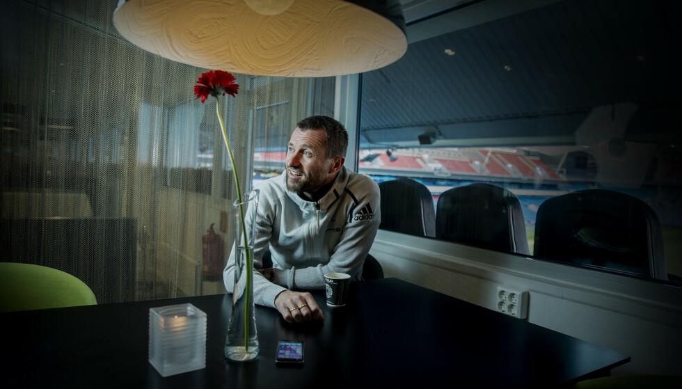 STOR UTFORDRING: Eirik Horneland skal prøve å lede Rosenborg til Champions League for første gang siden 2007, men tror ikke det blir enkelt. Foto: Bjørn Langsem