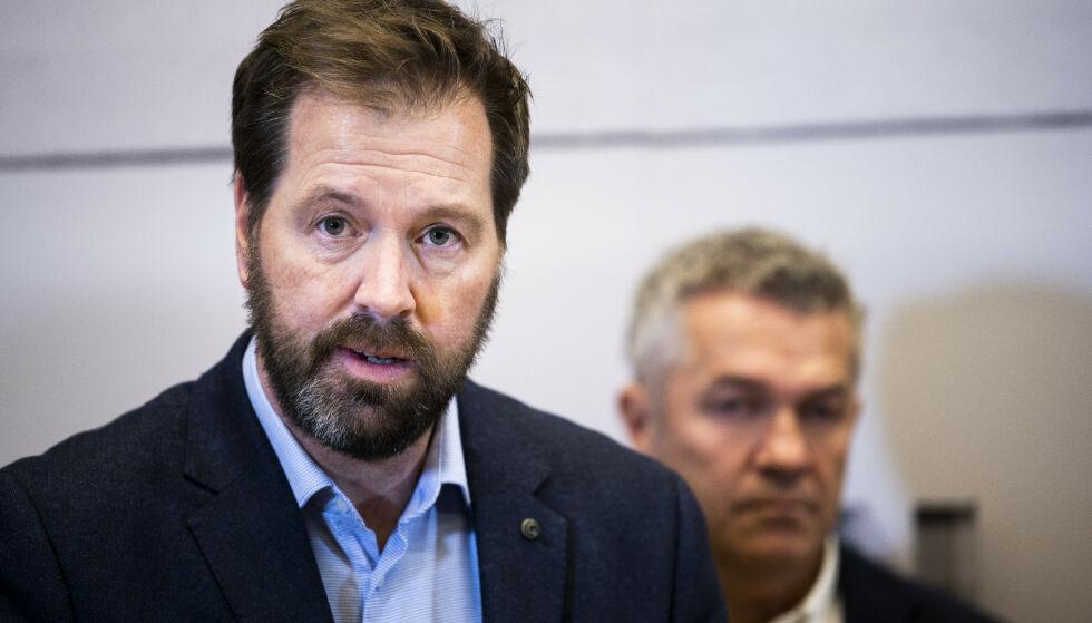 KRITISK: Daglig leder i Norsk Fotballtrenerforening, Teddy Moen, er svært kritisk til Starts håndtering av personalsaken mot Kjetil Rekdal. Foto: NTB Scanpix
