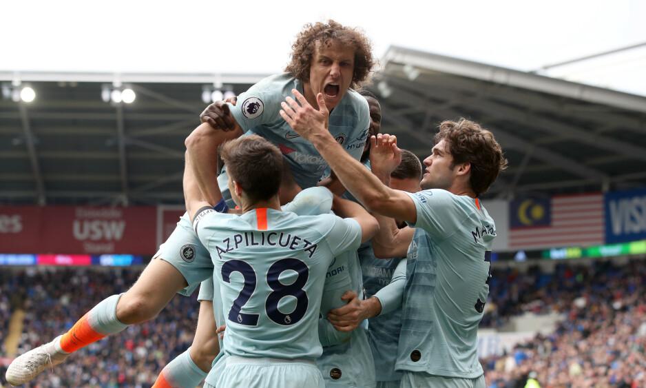 HELDIGE: Chelsea var i trøbbel borte mot nedrykkstruede Cardiff, men to sene mål sørget for tre viktige poeng i kampen om en topp fire-plass. Foto: NTB Scanpix