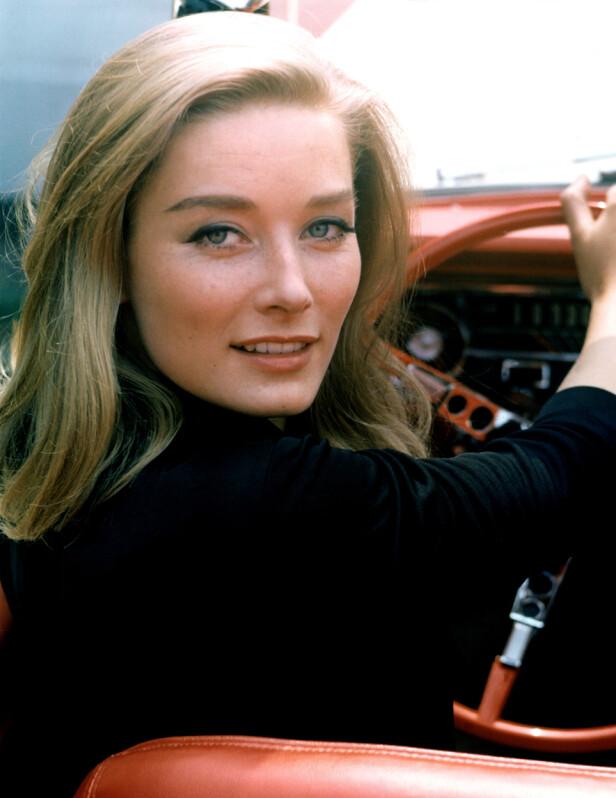 VERDENSKJENT: Bond-rollen gjorde Mallet til en verdensstjerne. I filmen var hun på hevntokt, men ble etter hvert drept av karakteren Oddjob. Foto: NTB scanpix