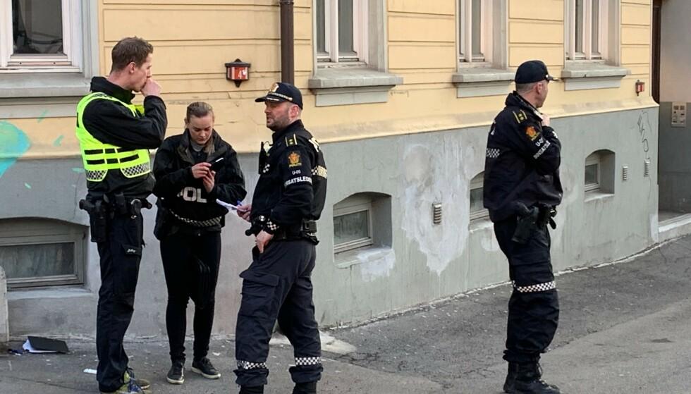 SKYTEEPISODE: Politiet er på stedet med mange patruljer. Foto: Nicolai Eriksen / Dagbladet