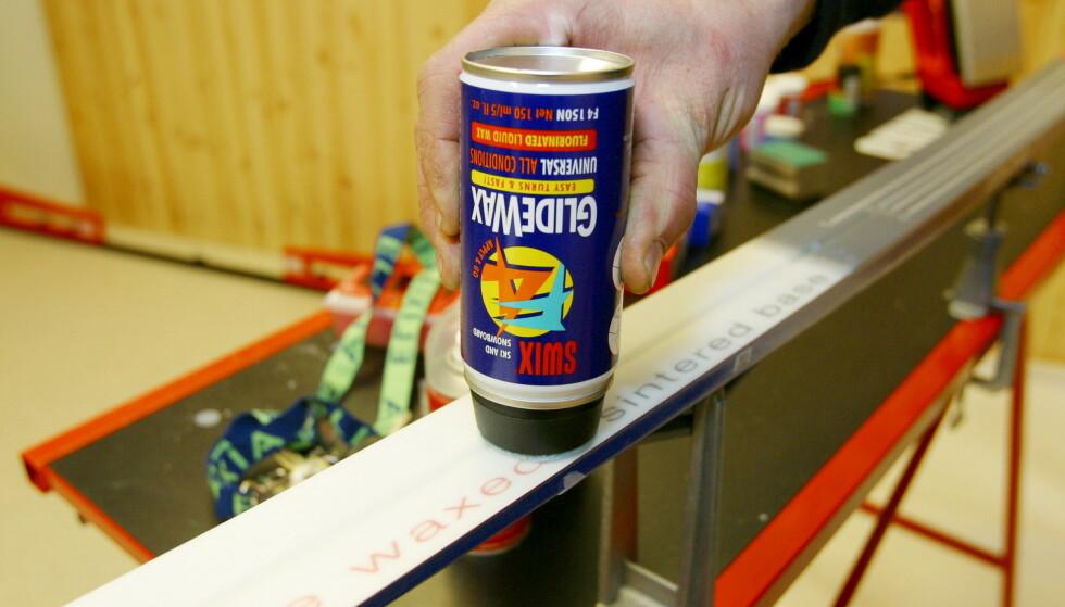 FORBUD: Fra forrige sesong ble det forbud mot å benytte seg av fluorprodukter under skiene til utøvere under 16 år. Foto: Dagbladet