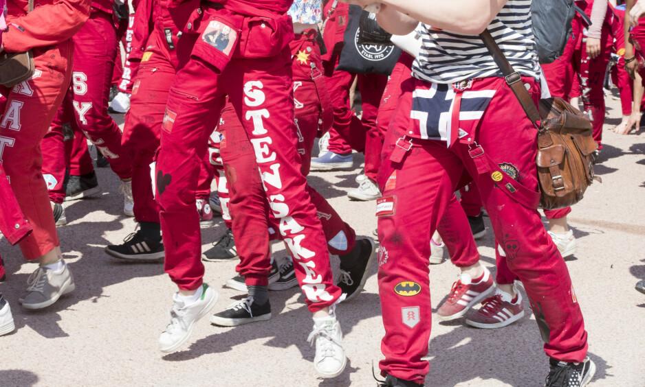 KAMPANJE: Rød Ungdom har tatt initiativ til kampanjen «Feministruss» for å ta et oppgjør med det de omtaler som en ukultur, samt å jobbe for at russetiden preges av «god S for alle». Illustrasjonsfoto: NTB Scanpix