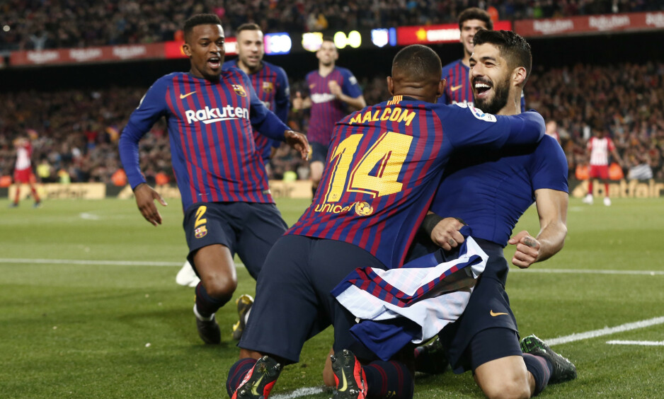 SCORET: Luis Suarez satte inn 1-0 med et flott langskudd fem minutter før slutt. Like etter scoret Lionel Messi. Foto: Pau Barrena / AFP / NTB Scanpix