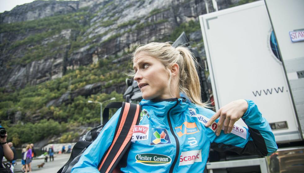 MÅ TENKE SEG OM: Therese Johaug og de andre skistjernene bes tenke seg om før de publiserer bilder i sosiale medier. Foto: Andreas Lekang/Dagbladet