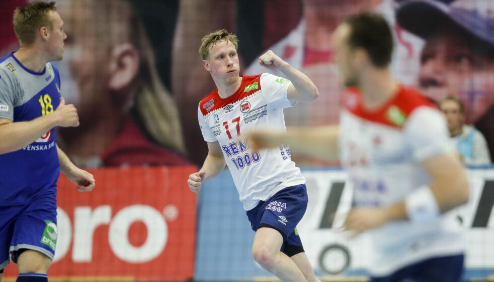 JUBEL: Magnus Jøndal jubler for en av mange scoringer mot Sverige torsdag. Foto: Vidar Ruud / NTB scanpix