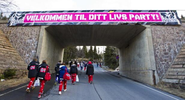 2013: Russen er på vei opp til russetreffet på Tryvann i Oslo. Foto: Vegard Grøtt / NTB scanpix