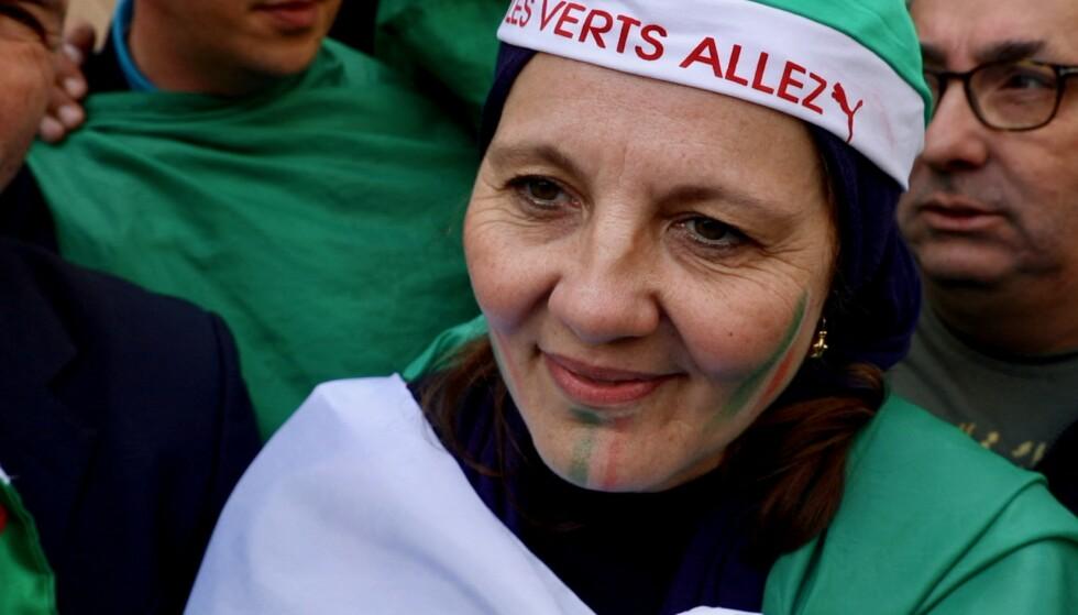 DAGLIGE PROTESTER: Selv om Algeries aldrende president, Abdelaziz Bouteflika, gikk av for nesten to uker siden, fortsetter demonstrasjonene i landet. Folk vil ha nytt blod inn i regjeringskontorene. Foto: Depo Photos / Abacapress / Scanpix