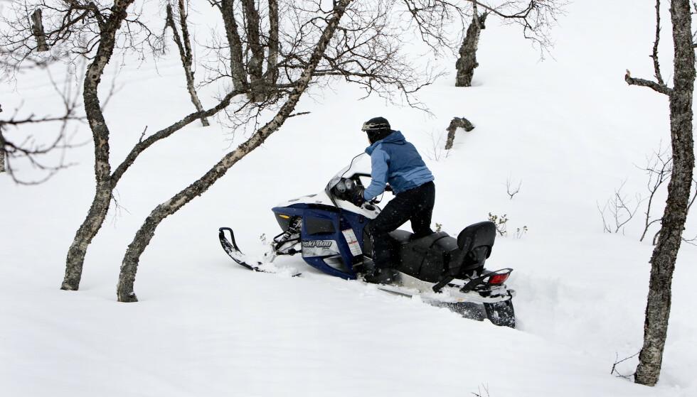 ADVARER: Politiet advarer mot fyllekjøring med snøscooter. Foto: Gorm Kallestad / NTB Scanpix