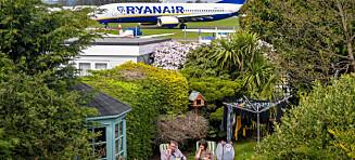 Fikk sjokk da hun tittet ut vinduet: - Det er et jævla jetfly i hagen